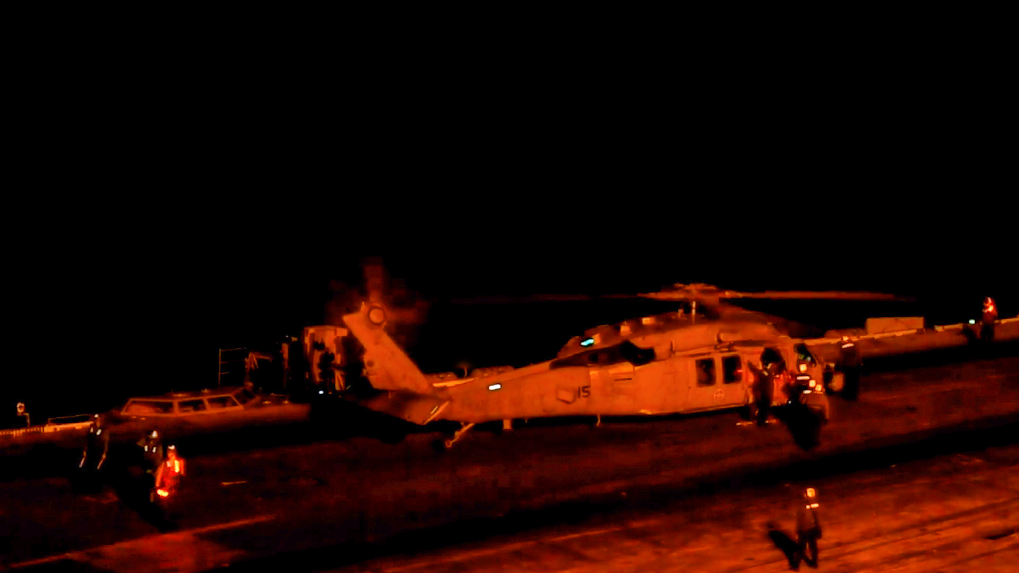 VIDEO: Dark Ops: US Carrier's Nighttime Air-Strike Drills Send A Warning To China